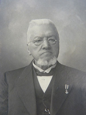 Dr. van Praag